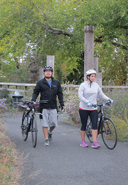 bicyclists on trail at Washington Avenue Green